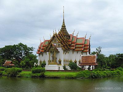 ancient palaces of bangkok