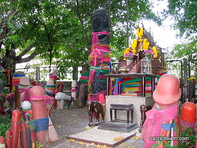 Thai Shrines: Chao Mae Tuptim Shrine Bangkok