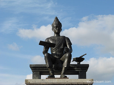 Thai Monuments: King Ramkhamhaeng the Great in Sukhothai